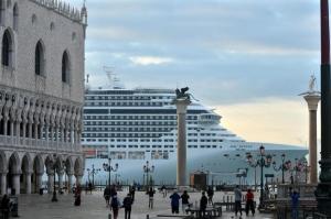 """""""Su grandi navi a Venezia il governo non ha glissato. Tempi certi e rapidità su ritorno crociere"""""""
