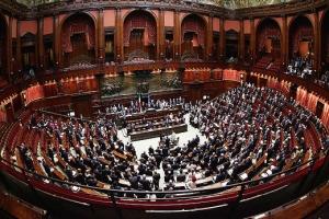 Attività parlamentare: al voto il DL su continuità funzioni dell'Autorità di regolazione per energia, reti e ambiente.